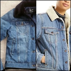 KC COLLECTION Quilted/Fur Line Jean Jacket!